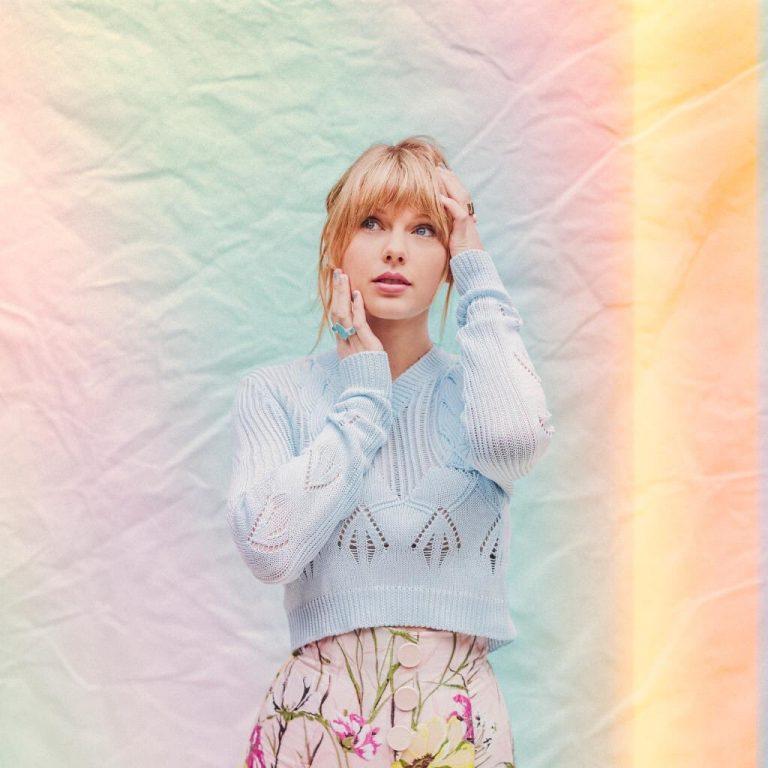 Taylor-Swift-768x768.jpg